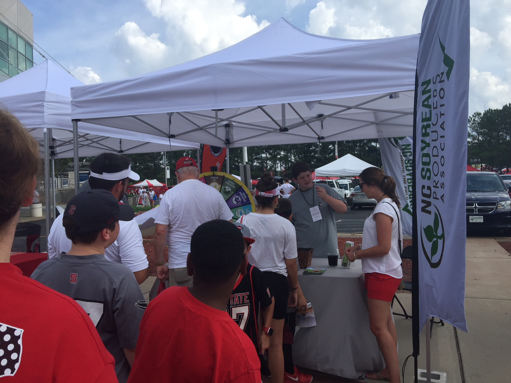 NCSPA Celebrates Ag Day With N.C. State Football