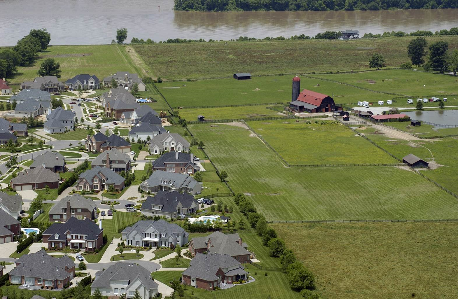Healthy farms as a buffer to sprawl; an emotional appeal to modern consumers